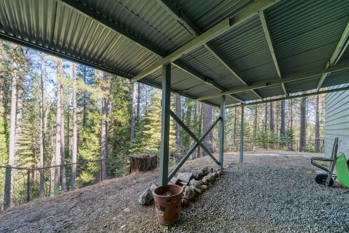 26-Moccasin-Trail-Graeagle-CA-large-024-024-SCP7148EditBW-1498x1000-72dpi