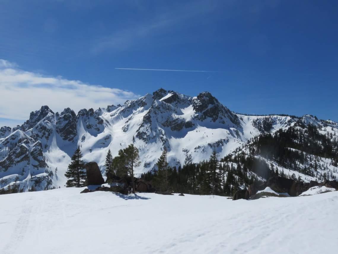 Sierra-Buttes-in-snow