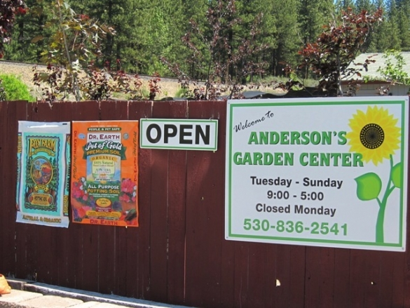 garden-shop-open-sign